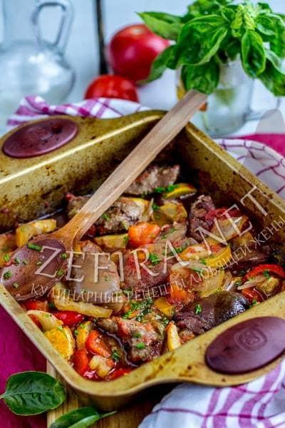 Куриная печень, запеченная в духовке с овощами - рецепт и фото