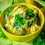 Куриное филе с кабачками в сметанном соусе - рецепт и фото
