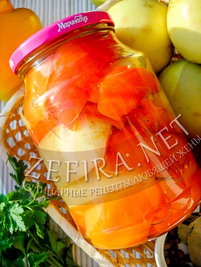 Перец маринованный с яблоками - рецепт и фото