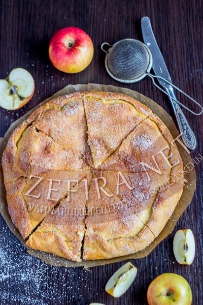 Пирог из творожного теста с яблоками - рецепт и фото