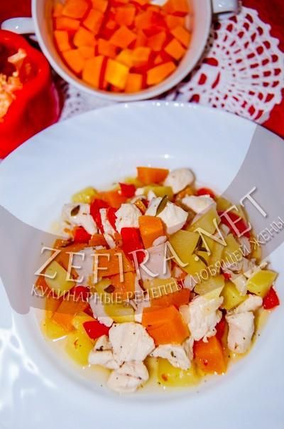 Овощное рагу с тыквой и куриным филе - рецепт и фото