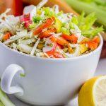 Салат из пекинской капусты с крабовыми палочками и кукурузой