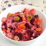 Винегрет — рецепт с оливками и яблоком