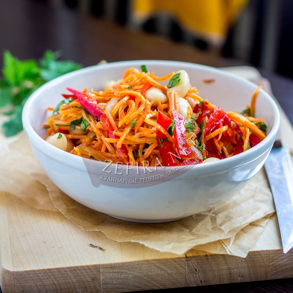 Салат с печенью и корейской морковью фасолью и