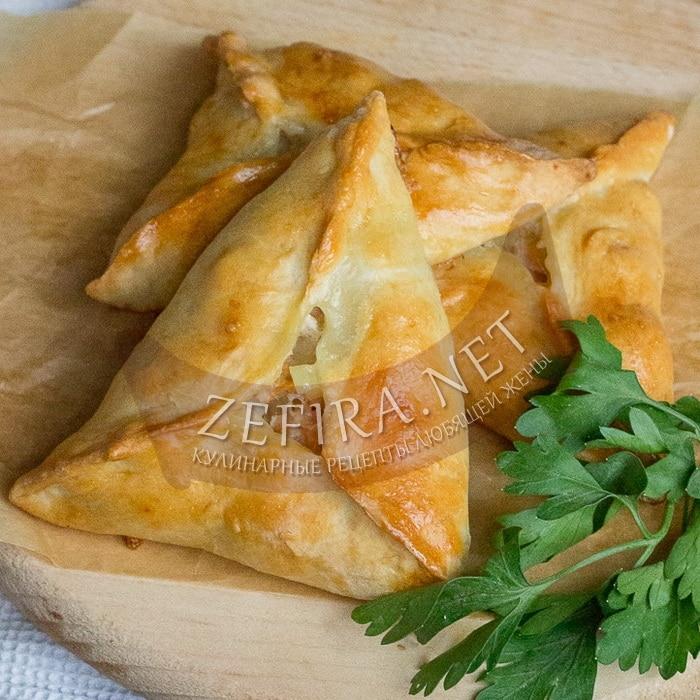 Песочные пирожки с картошкой и фаршем в духовке